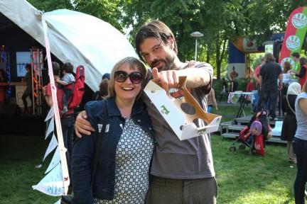 Esther Lubberding en Harmen van Twillert OP BEVRIJDINGSFESTIVAL UTRECHT 2014-1